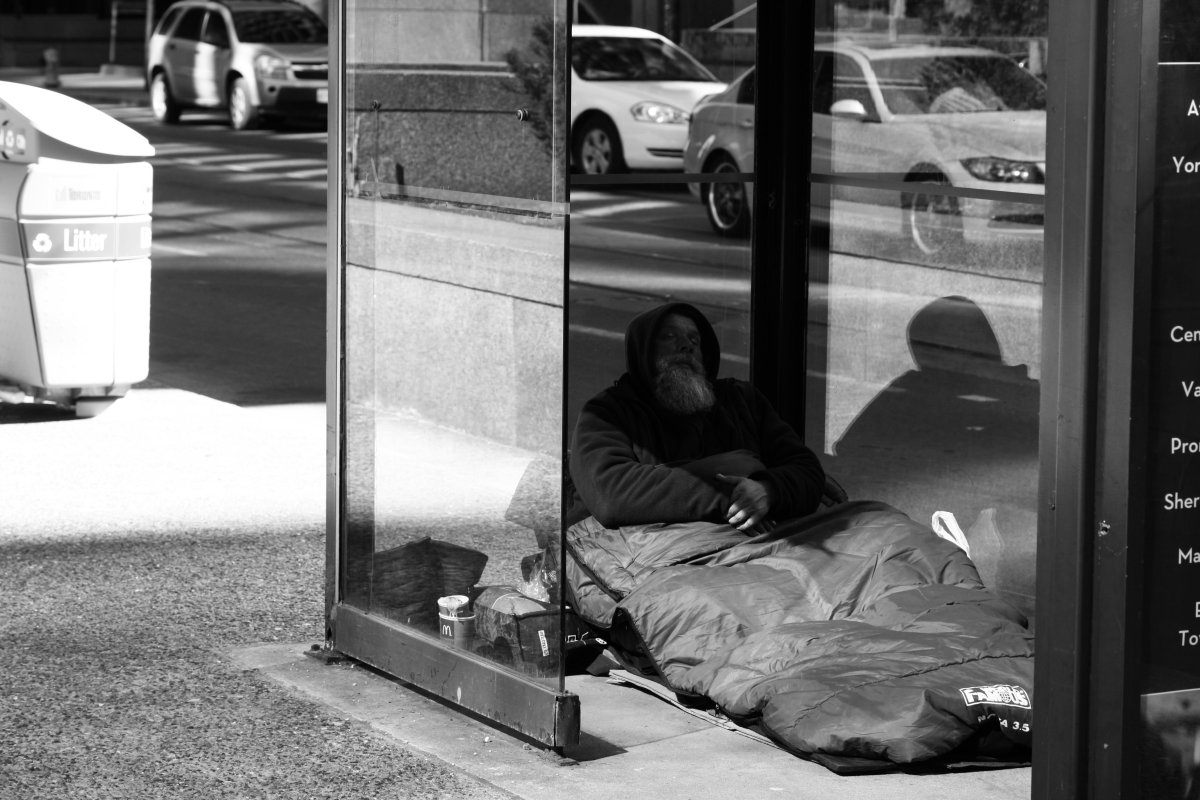 tackling canadian poverty through a basic minimum income