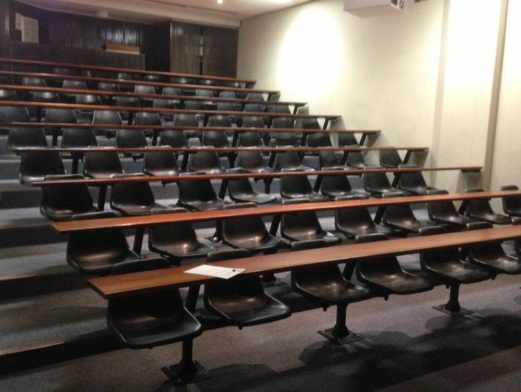 uni-classroom
