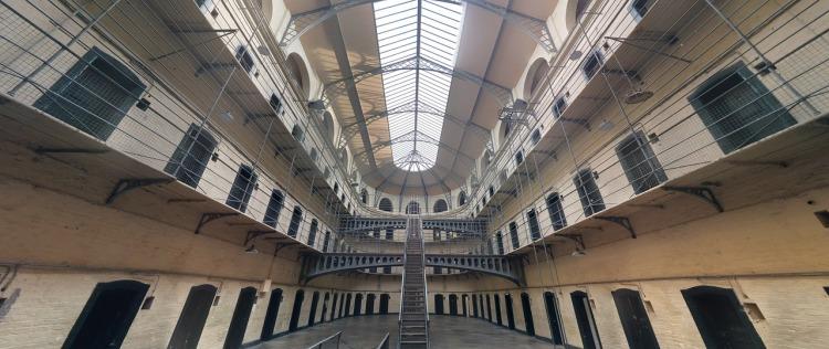 jail-1817900_1280