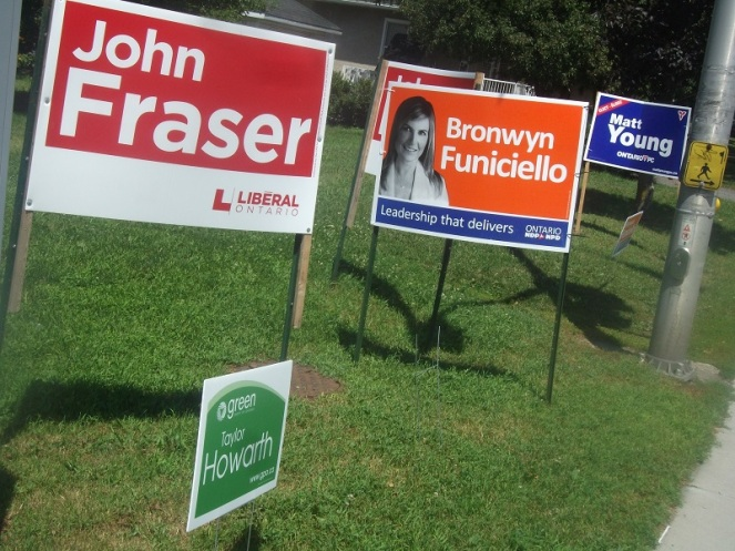 Ottawa_South_2013_by-election_signs resized